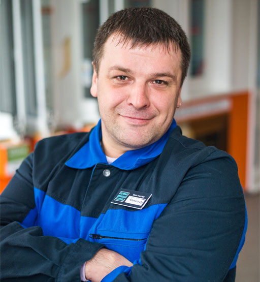 Александр Ломоносов